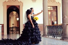 Wedding black dress bride black dark boda de negro en monterrey vestido de novia negro