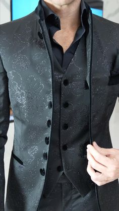 Modern Suits, Formal Suits, Winter Skirt Outfit, Skirt Outfits, Slim Fit Suits, Three Piece Suit, Beautiful Outfits, Beautiful Clothes, Dapper Men