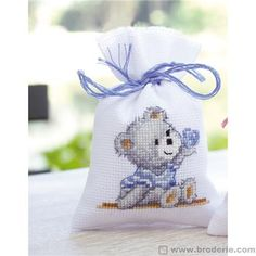 Sachet nounours à broder - naissance - Vervaco