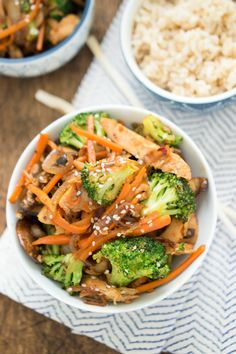 Easy 30 Minute Chicken Stir Fry loaded with vegetables and tossed in a spicy Asian sauce.| chefsavvy.com #recipe #chicken #dinner