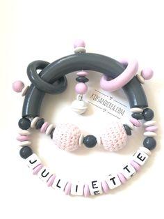Hochet de dentition cerf gris personnalis/é avec le pr/énom de B/éb/é en perles en silicone /& bois brut