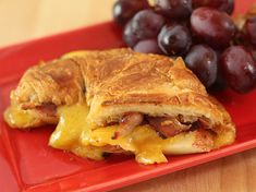 Here's a luscious lunch...Apple, Pancetta & Sharp Cheddar Grilled Croissant via Creative Culinary