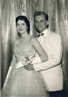 1960 Grandma at Prom Prom Night Dress, Homecoming Dresses, Wedding Dresses, Vintage Prom, Vintage Dresses, Vintage Outfits, Vintage Fashion, Prom Images, Prom Pictures