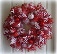 DeLUXE Christmas Deco Mesh Wreath Red White Candy Cane Peppermint Holiday Winter Outdoor Front Door