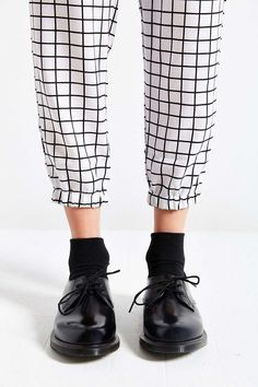 Dr. Martens Brook 2-Eye Oxford