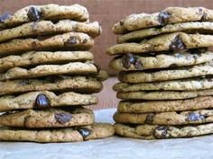 joeycake: gluten-free peanut butter chocolate-chip cookies