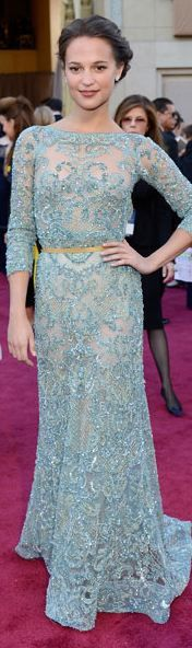 Alicia Vikander at the 2013 Academy Awards - Elie Saab Haute Couture