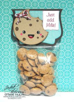 """Pink Glitter Studio: Jaded Blossom May """"Color"""" Challenge Diy And Crafts, Paper Crafts, Party Treats, Party Favors, Bazaar Ideas, Milk Cookies, Cookie Box, Bag Toppers, Treat Holder"""