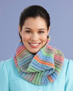Free Crochet Pattern L0427W Fast and Easy Cowl : Lion Brand Yarn Company