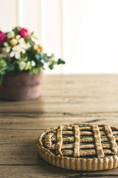 Crostata di farro con marmellata di susine -  vegan