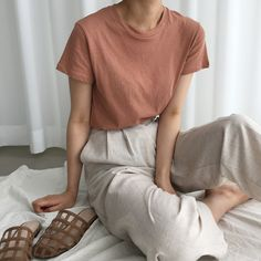 beige trousers and dusty pink t-shirt | @andwhatelse