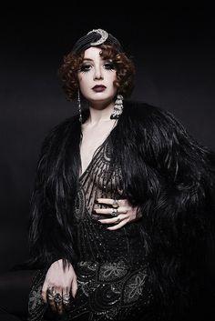 @Louise Cote Ebel <3  Miss Pandora #Prettiest star  L'élégance et le glam des années 20 et 30