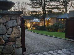 http://blog.williampitt.com/2015/01/explore-the-beauty-of-overlook-retreat/