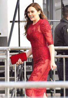 Elizabeth Olsen – Outside at the Independent Spirit Awards in Santa Monica