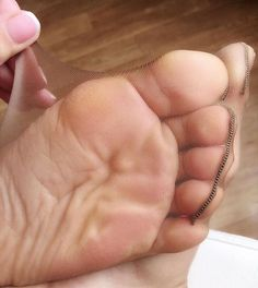 Nylon, Stockings, feet and toes