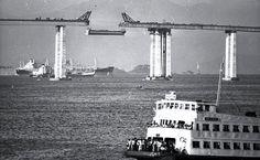 Obras da ponte Rio-Niterói, 1972.