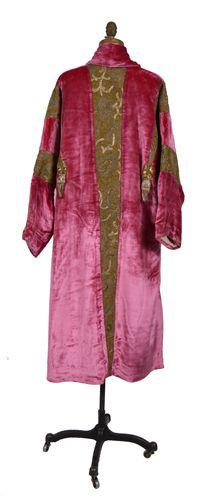 U.S.: New York, New York; France: Paris Coat, evening (woman's) c. 1921 Plain weave; Pile; Knotted; Twisted; Fulled; Net, machine; Braided; Applique Silk velvet; Silk crepe; Metallic thread; Sequins; Gold and silver boucle; Flannel. Back