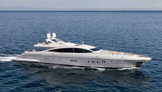 The Mangusta 165 E is among Robb Report's 2015 Best of the Best selections.