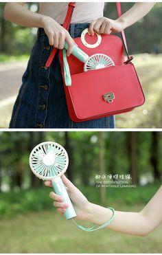 Portable Mini Fancreative Rattle USB Small Fan Student Handheld Portable Mini Charging Cooling Fan@F108 Rabbit Models Random