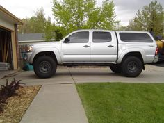 Leer 100XQ on a Silver Tacoma