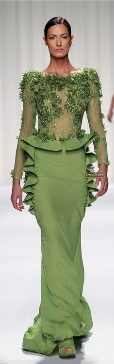 queenbee1924:    Abed Mahfouz Couture Spring Summer 2013 | ♥ green grace ♥)