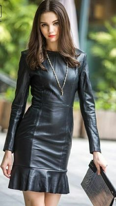 Leather Mini Dress, Leather Dresses, Leather Skirt, Leather Jacket, Lingerie, Leather Fashion, Pretty Dresses, Sexy Women, Curvy Women