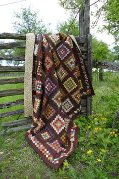 Lovin' Life At The End Of The Dirt Road: The Granny Square Quilt is DONE