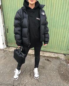 North Face Outfits, Winter Fashion Outfits, Sporty Fashion, Ski Fashion, Fashion Women, Mode Outfits, Cute Casual Outfits, North Face Jacket, Streetwear Fashion