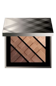 Using this mocha palette to create a smoky finish.