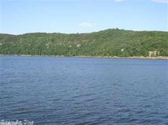 Lakefront lot includes boat slip in the dock just behind the lot in Edgemont, AR.