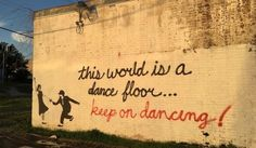 keep-on-dancing-mural-street-art-cottonwood-696x407.jpg (696×407)