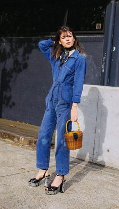 Street style photographer Phil Oh is in Sydney for Mercedes-Benz Fashion Week Australia. Check back daily for his updates from Down Und. Looks Style, Street Style Looks, Jeans Overall, Estilo Hippy, Estilo Jeans, Mode Jeans, Boiler Suit, Fashion Week, Fashion Trends
