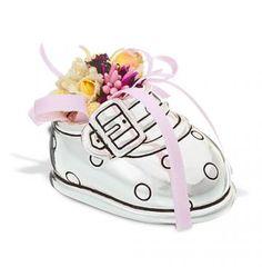 Prezenty i pamiątki Chrztu Świętego – co podarować? Baby Shoes, Kids, Young Children, Boys, Baby Boy Shoes, Children, Boy Babies, Child, Kids Part