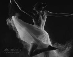 The Power of Flour (Fine Art Nudes) » Elementz of Fotographie – Fine Art Portraiture by Judy Cormier | Hamilton, Ontario, Canada