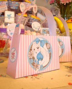 Alice in Wonderland printable party decorations #alice in #wonderland #mad #hatter #party
