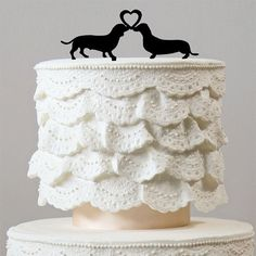 Dog Wedding Cake Topper (Lovely Pets /Engagement /Bridal Shower Party) - Features: - Cute Dog Cake Topper Decoration. - Sweet and Lovely. - Perfect for the top tier of Engagement or Wedding Cake. - Pe