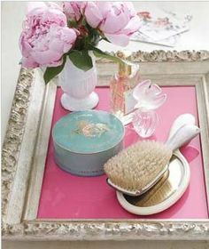 Did you know you can reuse old picture frames as a tray?  We love that this look can easily be updated by changing the color or pattern of the insert.  What do you think of this thrifty upcycle?   http://www.realsimple.com/home-organizing/new-uses-for-old-things/favorite-new-uses-00000000019718/index.html
