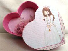 Caja de cartonaje, papel de scrap, pintura acrílica y washi tape