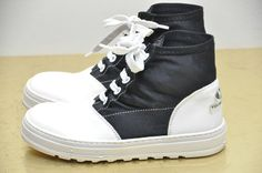 Boys Versace High Top Black White Sneakers 13 Kids Sneakers by Young Versace #Versace #Athletic #sneakers #kidssneakers #vintageversace #youngversace #gianniversace #vintagesneakers #hightops #blackandwhite #boysshoes #boyssneakers