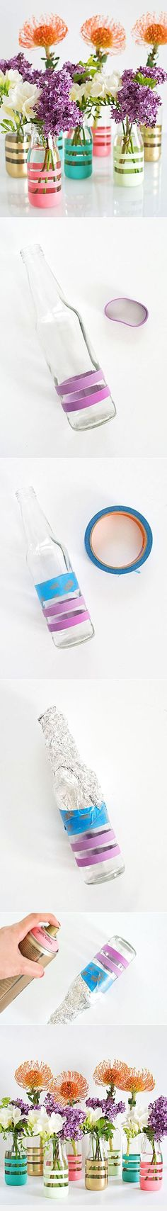 DIY Upcycling Glass Bottles Into Vases - Amazing Diy Crafts Wine Bottle Crafts, Mason Jar Crafts, Bottle Art, Mason Jars, Bottles And Jars, Glass Bottles, Paint Bottles, Fun Crafts, Diy And Crafts