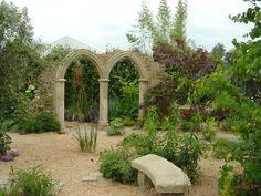 Award-winning garden by Claudia de Yong Designs www.claudiadeyongdesigns.com and www.thegardenspot.co.uk