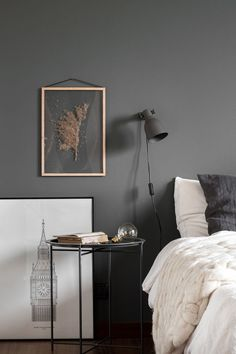 How To Style Your Walls with Transparent Frames
