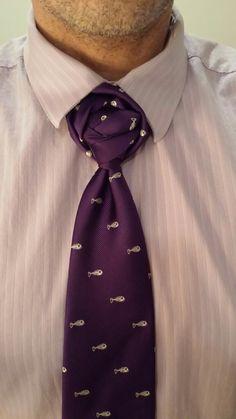 The Mockaperfect knot ( By Boris Mocka AKA The Jugger Knot ) Men's Watches, Watches For Men, Fancy Tie, Tie A Necktie, Church Suits, Men's Wardrobe, Neckties, Tie Knots, Bow Ties