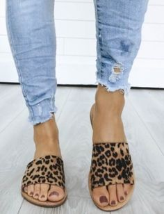 02948764dad13 Leopard sandals Flip flops Leopard Summer shoes Leopard Flats Outfits