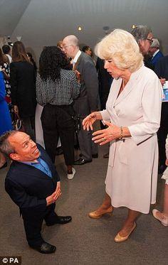 Camilla chats to Warwick Davis