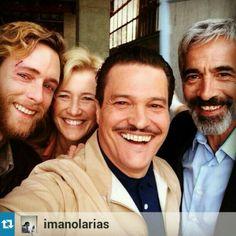 Acciones de usuario Siguiendo MangarrianesyMilanos @BlogCuentame Genial el #selfie de Imanol Arias con Ana Duato, Pablo Rivero y @pemarisanchez #grandes #Cuéntame pic.twitter.com/aPBNqwzatR