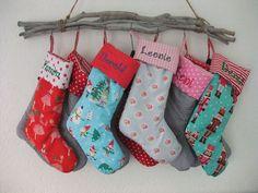 Wunderschöner Nikolaus-Stiefel  aus Designerstoffen gefertigt  auf die Stulpe wird dein Wunsch-Name bestickt (8 Zeichen sind inklusive, jedes weitere Zeichen 30cent Aufpreis)  Der Stiefel ist...