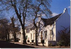 stellenbosch lodge  http://www.villa-grande.com/