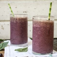 Blackberry Cacao Super Smoothie. I love this blog so much. Take a look, the recipes and stories are great