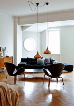 this stylish stockholm apartment belongs to evelina kravaev sderberg hm home creative director evelina has furnished the apartment with her collection